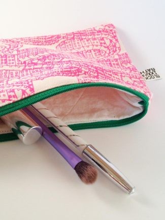 house-pattern-zip-pouch-3