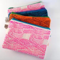 house-pattern-zip-pouch-5